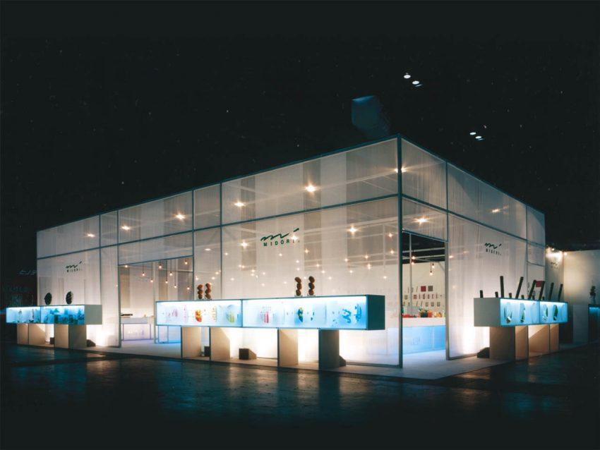 デザインフィル 展示会ブース設計施工(ISOT2002)